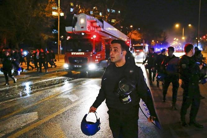 Khủng bố ở Ankara khiến 28 người thiệt mạng ảnh 4