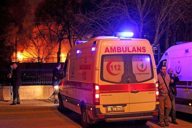 Khủng bố ở Ankara khiến 28 người thiệt mạng ảnh 7