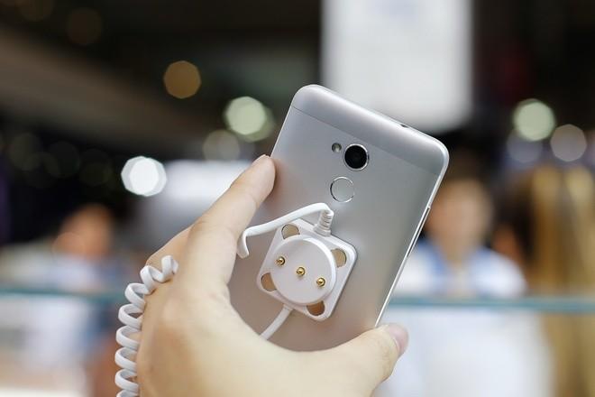 ZTE ra điện thoại giống hệt iPhone 6 ảnh 10