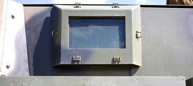 """Cận cảnh xe vận tải thiết giáp """"Taifun-U"""" chống bạo loạn, khủng bố ảnh 10"""