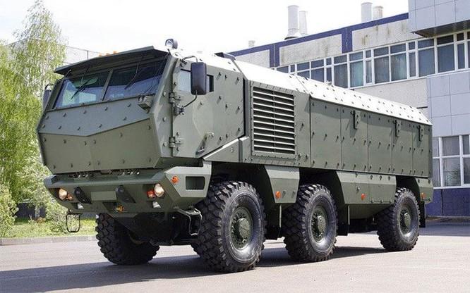 """Cận cảnh xe vận tải thiết giáp """"Taifun-U"""" chống bạo loạn, khủng bố ảnh 1"""