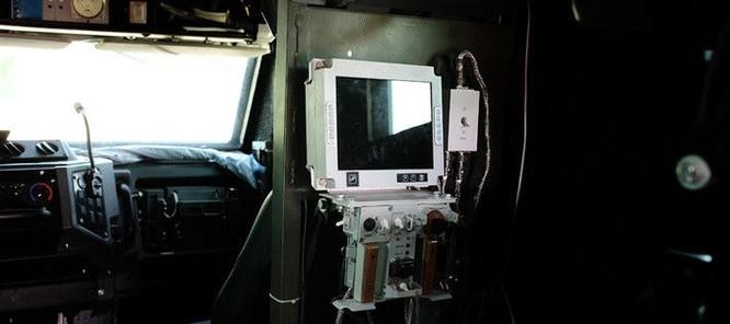 """Cận cảnh xe vận tải thiết giáp """"Taifun-U"""" chống bạo loạn, khủng bố ảnh 21"""