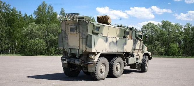 """Cận cảnh xe vận tải thiết giáp """"Taifun-U"""" chống bạo loạn, khủng bố ảnh 25"""