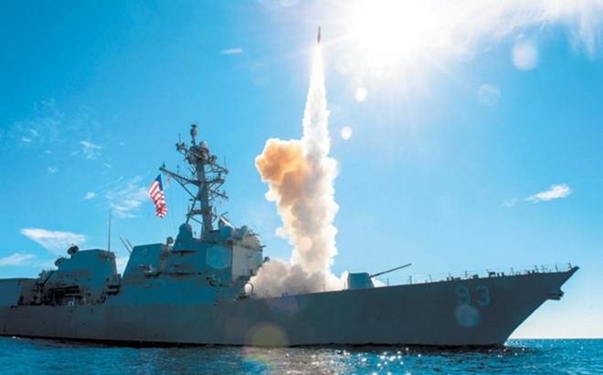 Cụm tàu sân bay chiến đấu Mỹ phô diễn uy lực ở Biển Đông ảnh 4