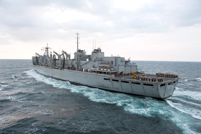 Cụm tàu sân bay chiến đấu Mỹ phô diễn uy lực ở Biển Đông ảnh 9