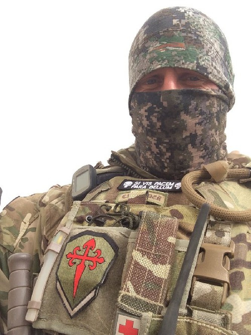 Video + photo của một cựu binh người Anh, chiến đấu trong hàng ngũ người Kurd chống IS ảnh 1