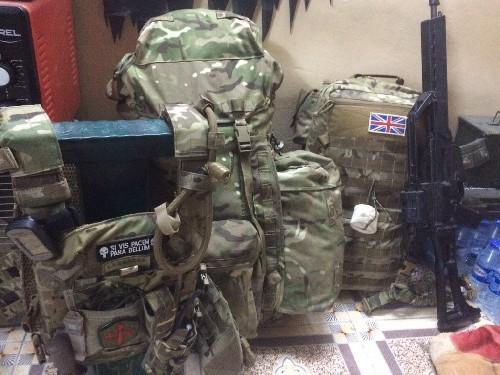 Video + photo của một cựu binh người Anh, chiến đấu trong hàng ngũ người Kurd chống IS ảnh 5