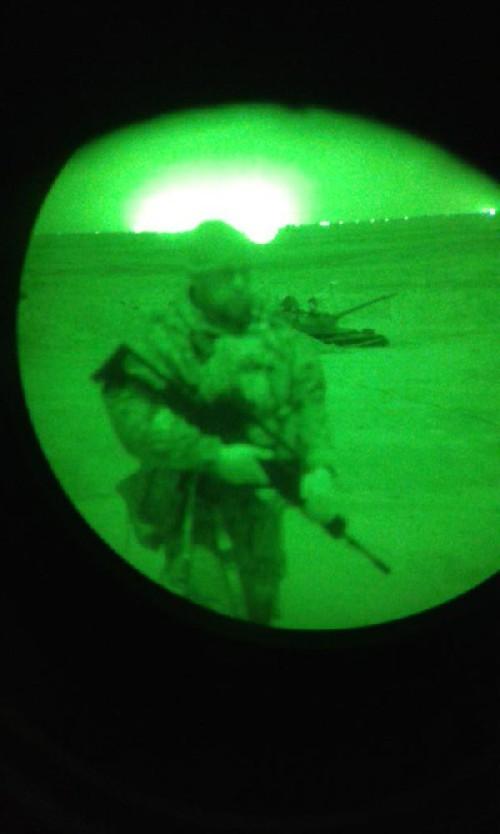 Video + photo của một cựu binh người Anh, chiến đấu trong hàng ngũ người Kurd chống IS ảnh 6