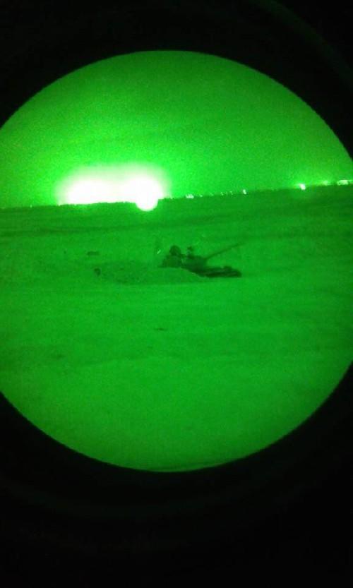 Video + photo của một cựu binh người Anh, chiến đấu trong hàng ngũ người Kurd chống IS ảnh 7