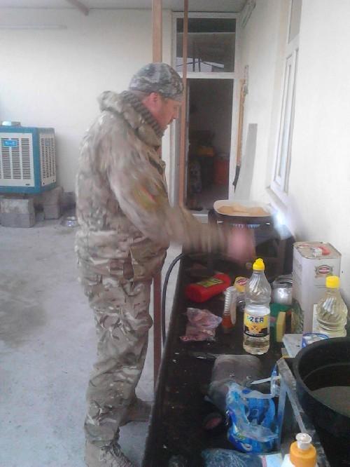 Video + photo của một cựu binh người Anh, chiến đấu trong hàng ngũ người Kurd chống IS ảnh 11