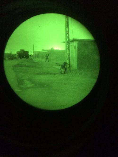 Video + photo của một cựu binh người Anh, chiến đấu trong hàng ngũ người Kurd chống IS ảnh 30