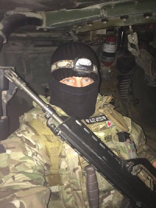 Video + photo của một cựu binh người Anh, chiến đấu trong hàng ngũ người Kurd chống IS ảnh 33