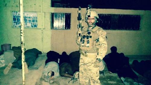 Video + photo của một cựu binh người Anh, chiến đấu trong hàng ngũ người Kurd chống IS ảnh 34