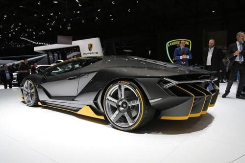 Lamborghini Centenario chính thức xuất hiện với giá bán 1,9 triệu USD ảnh 6