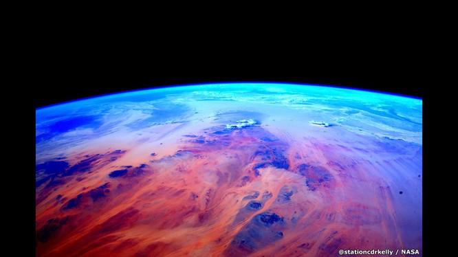 Những bức ảnh kỳ thú của Trái đất từ trạm không gian ISS ảnh 6