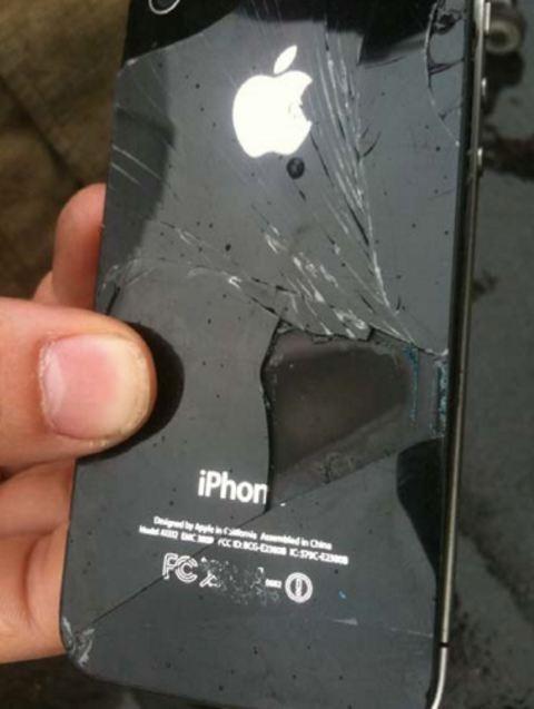 Apple iPhone 6 nổ tung và bốc cháy trong chuyến bay từ Washington đến Hawaii ảnh 1