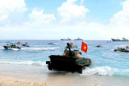 """Hải quân đánh bộ Việt Nam """"lên đời"""" xe tăng lội nước cách nào? ảnh 1"""