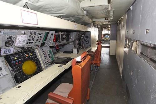 Tàu Kilo VN như 'hổ thêm cánh' với phi cơ P-3 Orion - ảnh 3