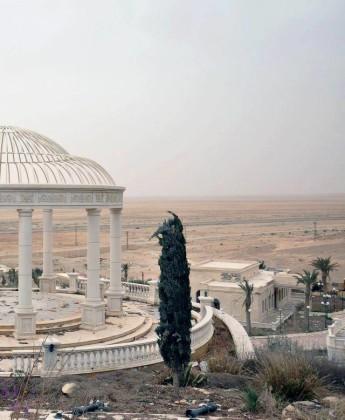 Video + Ảnh: Quân đội Syria đánh vào trung tâm thành phố Palmyra ảnh 5