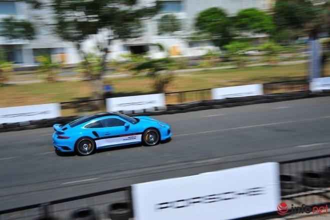 Lái thử siêu xe Porsche tại Việt Nam: Từ sợ hãi đến phấn khích ảnh 4
