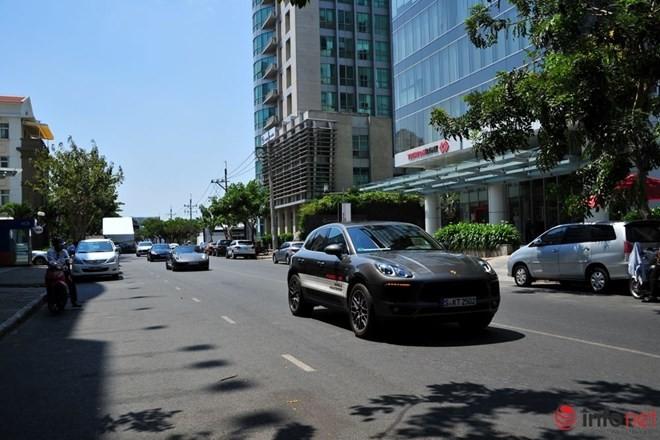Lái thử siêu xe Porsche tại Việt Nam: Từ sợ hãi đến phấn khích ảnh 7