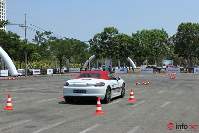 Lái thử siêu xe Porsche tại Việt Nam: Từ sợ hãi đến phấn khích ảnh 12