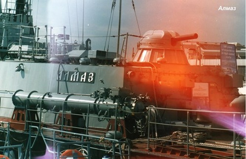 Hải quân Việt Nam với các 'võ sĩ giác đấu' trên biển ảnh 6