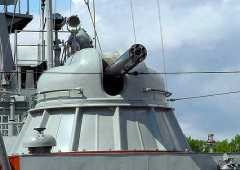 Hải quân Việt Nam với các 'võ sĩ giác đấu' trên biển ảnh 5