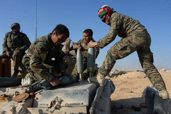 Video + Ảnh: Ác liệt trận chiến giành thành phố cổ Palmyra ảnh 21