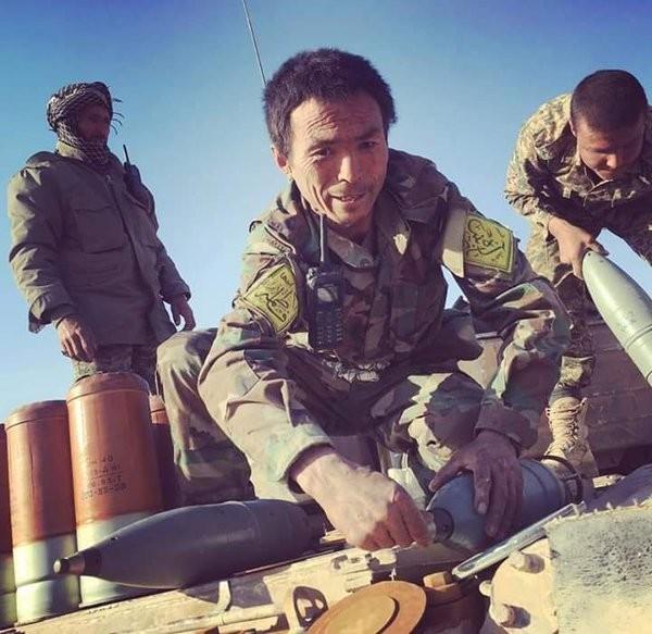 Video + Ảnh: Ác liệt trận chiến giành thành phố cổ Palmyra ảnh 22