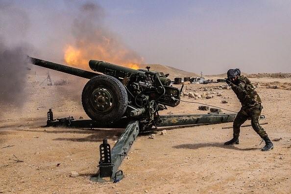Video + Ảnh: Ác liệt trận chiến giành thành phố cổ Palmyra ảnh 28