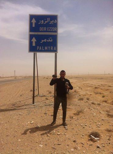 Video + Ảnh: Ác liệt trận chiến giành thành phố cổ Palmyra ảnh 35