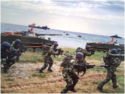 """Hải quân đánh bộ Việt Nam nên có """"xe tăng bơi"""" tự hành 2S25 trợ chiến ảnh 1"""