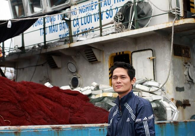 Đi 10 chuyến hỏng 4 lần, ngư dân trả lại tàu vỏ thép ảnh 13