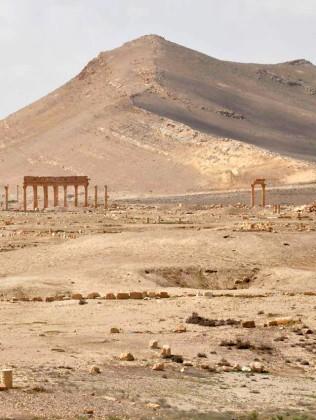 Cận cảnh thành phố Palmyra sau khi giải phóng (ảnh + video) ảnh 18