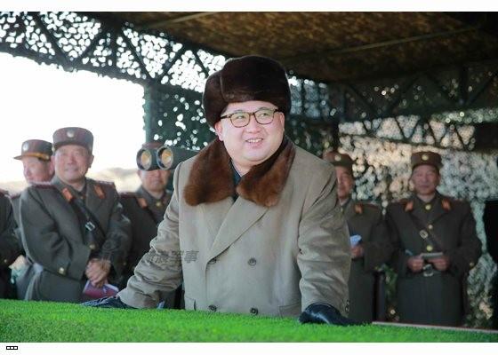 Cận cảnh uy lực pháo binh của Quân đội Nhân dân Triều Tiên trong diễn tập ảnh 5