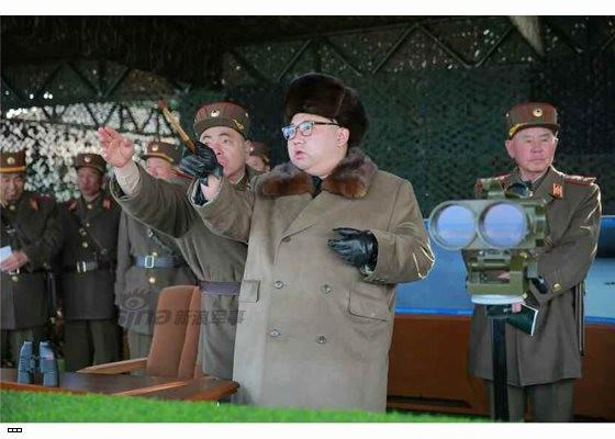 Cận cảnh uy lực pháo binh của Quân đội Nhân dân Triều Tiên trong diễn tập ảnh 26