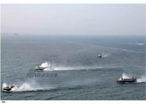 Cận cảnh uy lực pháo binh của Quân đội Nhân dân Triều Tiên trong diễn tập ảnh 7