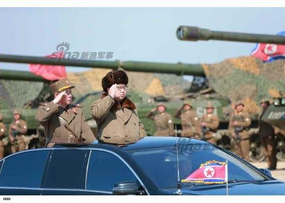 Cận cảnh uy lực pháo binh của Quân đội Nhân dân Triều Tiên trong diễn tập ảnh 1