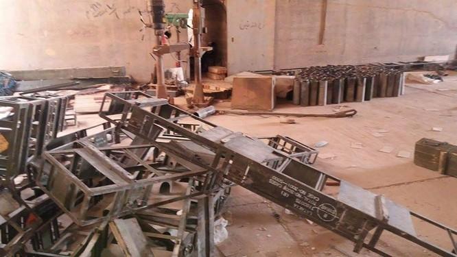 Quân đội Syria phát hiện ra một kho vũ khí ở Palmyra ảnh 2