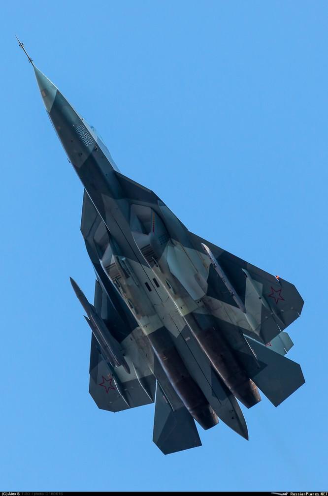 Siêu tiêu kích T-50 thủ nghiệm mang vũ khí tấn công ảnh 7