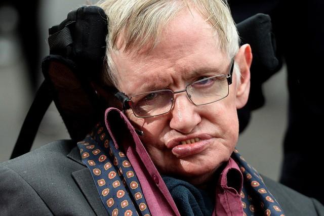 Tại sao Stephen Hawking lại chọn hệ sao Alpha Centauri, cách Trái Đất 40 nghìn tỷ kilomet? ảnh 1