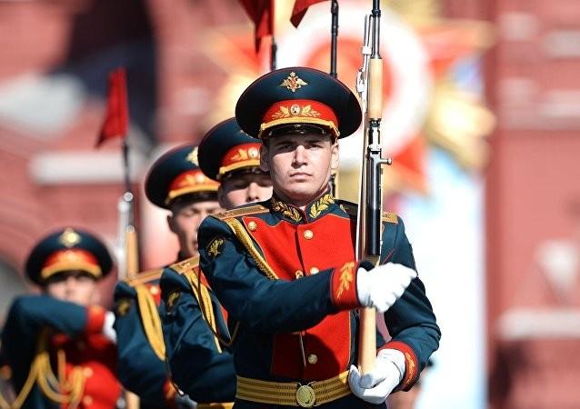 Nga khoe 170 loại vũ khí hạng nặng mừng Ngày Chiến thắng ảnh 24