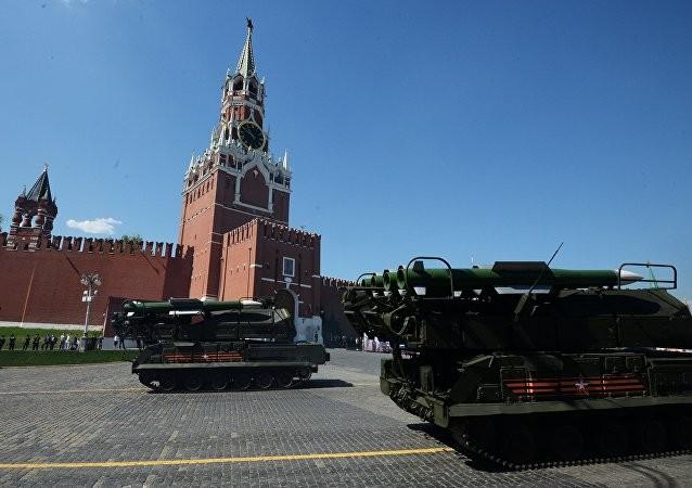 Nga khoe 170 loại vũ khí hạng nặng mừng Ngày Chiến thắng ảnh 10