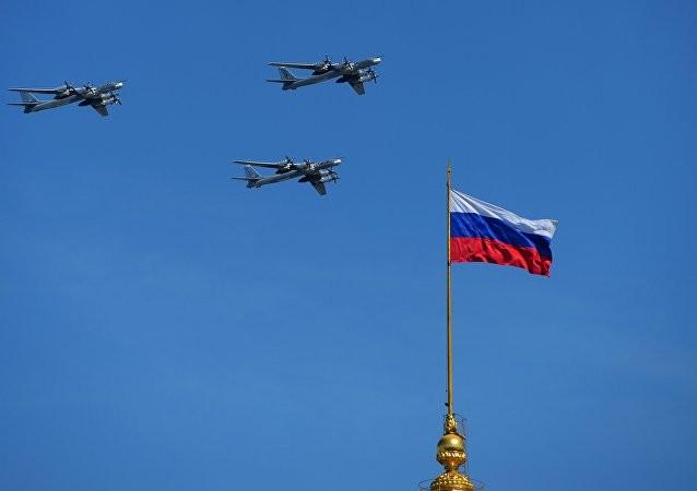 Nga khoe 170 loại vũ khí hạng nặng mừng Ngày Chiến thắng ảnh 5