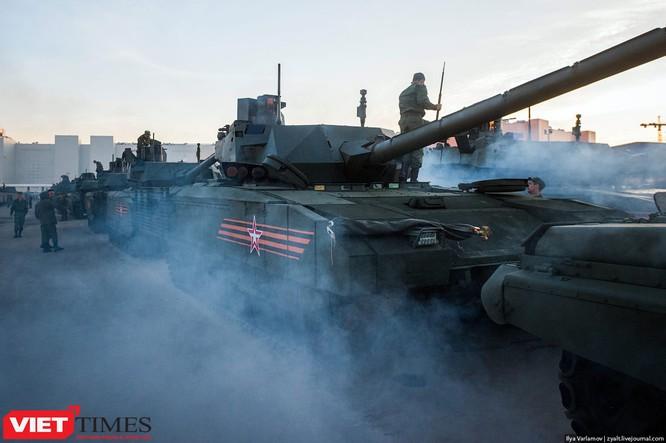Cận cảnh hậu trường cuộc diễu hành ngày Chiến thắng quân đội Nga ảnh 1