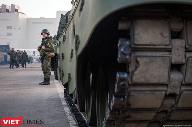 Cận cảnh hậu trường cuộc diễu hành ngày Chiến thắng quân đội Nga ảnh 3