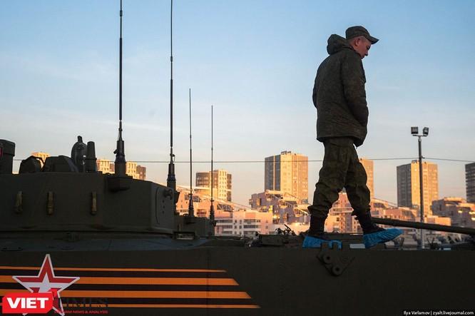 Cận cảnh hậu trường cuộc diễu hành ngày Chiến thắng quân đội Nga ảnh 10