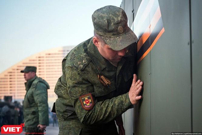 Cận cảnh hậu trường cuộc diễu hành ngày Chiến thắng quân đội Nga ảnh 12