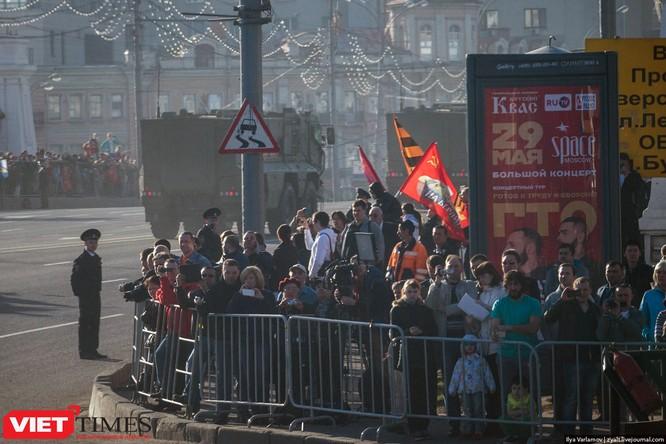 Cận cảnh hậu trường cuộc diễu hành ngày Chiến thắng quân đội Nga ảnh 17